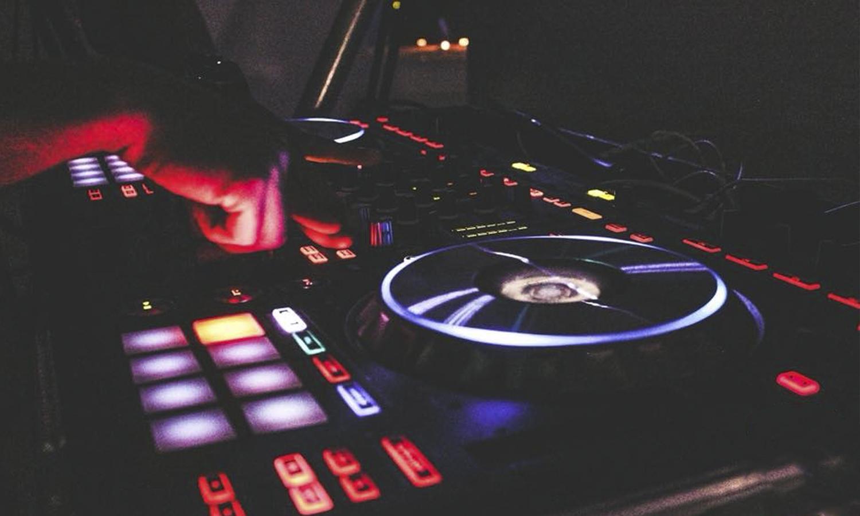 DJ Lund
